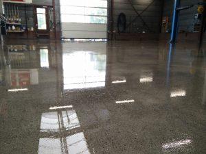 IMG 20170811 112134 min 300x225 - Floorguard Hiperfloor